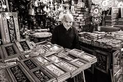 Craft (Tom Levold (www.levold.de/photosphere)) Tags: fuji fujixpro2 isfahan xf18mm bazaar sw street bw basar esfahan people candid geschäft laden shop porträt portrait silberschmied silversmith