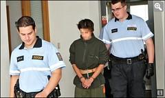 Krnov1 (Kluci v nesnázích) Tags: handcuffs jail prison killer court