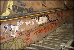 DSC_0573 (Pascal Rey Photographies) Tags: lyon lugdunum digikam digikamusers nikon d60 xrousse croixrousse streetart streetphotography inthestreets murs muros murales fresquesmurales peinturesmurales graffitis graffs graffik graffiti expressionurbaine urbanart urbanphotography peinturesurbaines dada dadaisme surrealiste