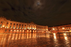 Fullmoon at Capitole (srikanthsamaga) Tags: favourites street europe night travel nightphotography toulouse capitole city citycentre architecture cityarchitecture lights moon clouds vibrant colorful reflections france eurotrip pinkcity outdoor heritage building sky