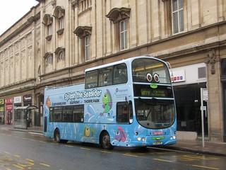 Stagecoach Hull (loan from Grimsby) 16965 YJ04FZF 'Splash' Carr Lane, Hull on Interchange Anniversary shuttle (3) (1280x960)