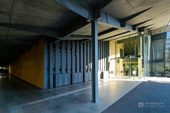 Exterior view of Nezu Museum (根津美術館) (christinayan01 (busy)) Tags: museum nezu tokyo japan kengo kuma building architecture perspective
