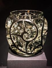 Whirlwind vase - Suzanne Lalique (Tim Evanson) Tags: clevelandmuseumofart jazzage glass vase suzannelalique lalique artdeco