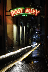 Post Alley, Seattle (joe_villamil) Tags: cityscapes signs seattle alley brick neon