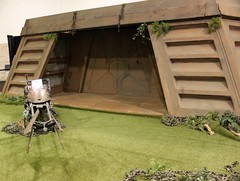2015-Endor Bunker Set at Star Wars Celebration VII Anahiem-02 (David Cummings62) Tags: ca calif california con david dave cummings 2017 starwars movie movies starwarscelebrationvii anahem la endor bunker display
