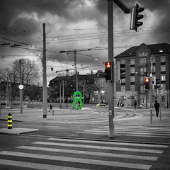 at 8  on line 8 (Guy Goetzinger) Tags: city street d850 goetzinger bw zürich zurich pietons fussgänger urban stadt 2018