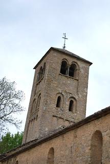 Clocher roman de l'église de Massy (71)