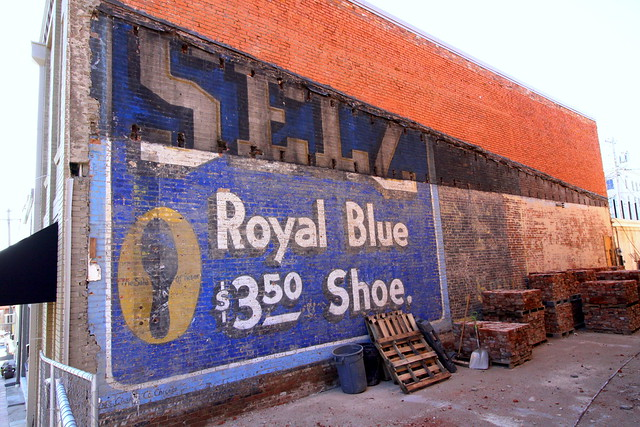 recently uncovered Selz Shoe wall ad - Columbia, TN