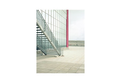 (harald wawrzyniak) Tags: analogue analog film scan mediumformat haraldwawrzyniak harald wawrzyniak austria mölltal mölltalergletscher gletscher glacier snow mirror stairs red building architecture kodak kodakportra 2016