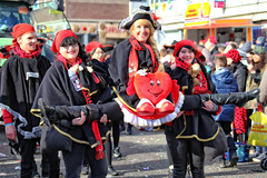 Eschweiler, Carnival 2018, 257 (Andy von der Wurm) Tags: karneval karnevalszug karnevalsumzug carnival carnivalparade costumes costume kostüm kostüme farbig bunt colorful colourful farbenfroh verkleidet dressedup smile smiling laughing lachen lächeln portrait girl boy female male teen teenager twen adult eschweiler 2018 nrw nordrheinwestfalen northrhinewestfalia germany deutschland alemagne alemania europa europe andyvonderwurm andreasfucke hobbyphotograph lustforlife groove lebensfroh lebensfreude hübsch pretty beautiful