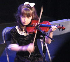young folk at the hall 07 102