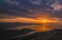 Sunset view from Kithaironas mountain (Vagelis Pikoulas) Tags: mountains mountain mount greece europe view landscape sea seascape sky sun sunset clouds cloudy cloud 2017 tokina 1628mm canon 6d