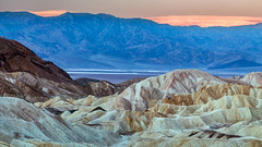 Zabriskie Badlands (Kirk Lougheed) Tags: california deathvalley deathvalleynationalpark panamintmountains usa unitedstates zabriskie zabriskiepoint badlands landscape mountain nationalpark outdoor park saltflat