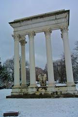 Graceland 10 (cbillups) Tags: gracelandcemetery charliebillupschicago cemetery chicago