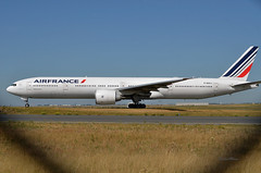 F-GSQJ (mduthet) Tags: fgsqj boeing b777 airfrance parischarlesdegaulle