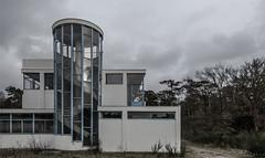 Zonnestraal-2 (henny vogelaar) Tags: netherlands hilversum architecture duiker zonnestraal sanatorium janduiker hetnieuwebouwen 1928 unesco