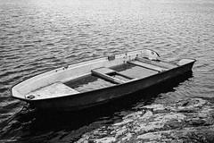 That Sinking Feeling (Mikael Langer) Tags: 135 2stoppush 35mm 1000 analog bw blackandwhite film kodak l35ad nikon orangefilter selfdeveloped tmax400 xtol11