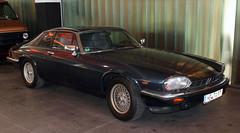 XJS (Schwanzus_Longus) Tags: schuppen 1 eins bremen german germany old classic car vehicle uk gb great britain british england english coupe coupé jaguar xjs