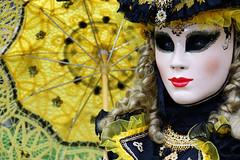 DSC05334 (Dirk Rosseel) Tags: venetian mask masks bruges brugge belgium belgique belgië umbrella yellow carnaval