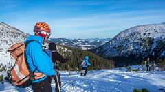 Na Połoninie Gadżyna Wyżna , wysokość  1567m, rozpoczynamy zjazd - dz\ień 1. (Tomasz Bobrowski) Tags: bystrzec białysłoń narty gadżynaniżna skitouring skitury góry czarnohora ski mountains skitura