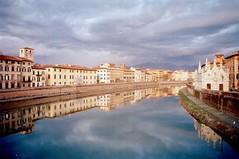 Riflessi on 35MM (michele.palombi) Tags: river arno pisa tuscany film analogic kodak portra 800asa olympus om1