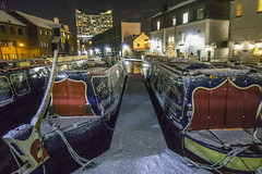 20171208-Snow Scene (Damien Walmsley) Tags: gasstreetbasin canal longboat snow lights night thecube water reflections colours birmingham