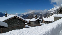 Winter postcard (Raffa2112) Tags: valledaosta neve bianco montagna borgo casedipietra snow village white stonehouses winter inverno canonpowershotg10 raffa2112