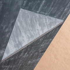 Triangles (ARTUS8) Tags: quadratisch squareformat brücke abstrakt linien flickr colour abstraktesgemälde farbe nikon28300mmf3556 color rhein muster nikond800 pattern bildkomposition struktur detail bridge lines dreieck hochwasser düsseldorf rheinkniebrücke