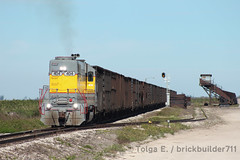 Keela (brickbuilder711) Tags: ussc us sugar corporation train railroad 404 gp38ac sugarcane cane fields okeelanta florida keela clewiston rogers road