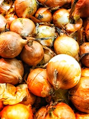 Onion Mood #iPhoneX #snapseed #onion #iPhonephotography #vegetables (N.A. Dikin) Tags: shopping background vegetables onion snapseed iphonex