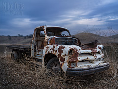 '54 Chevy Truck (mikeSF_) Tags: truck chevy chevrolet 1954 50s 1955 54 55 outdoor rust rusty old antique abandoned derelict farm rural brentwood california 645 645z mikeoria photography f56 dfa35 35mm