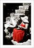 La mujer de rojo (V- strom) Tags: gente people artesanía crafts desaturaciónselectiva cutout mujer woman vestido dress sombrero hat pamela escaleras stairs óbidos portugal nikon nikon2470 nikond700 texturas textures retrato portrait