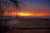 colourful sunrise (Rita Eberle-Wessner) Tags: landschaft landscape sonnenaufgang sunrise dawn morgendämmerungg feld acre field weg path feldweg hügel hills tal valley zaun fence wolken clouds himmel sky odenwald