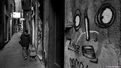 Via Chiabrera (Oreste Villari) Tags: canon g1x genoa genova street art urban colours bw bianconero historical center centro banchi portello writers sarzano maddalena pre via del campo deandrè life smile happy drugs caricamento sottoripa travel travelling liguria italy immigration solidarietà arte architettura architecture abbandono abandoned carruggi vicoli garibaldi mazzini colombo chiesa
