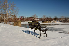 Plenty Of Seats Available (thoeflich) Tags: snowylandscape harmarvillage harmar harmarfootbridge borailroadbridge snowfall snowscape marietta muskingumriver ohio ohioriver