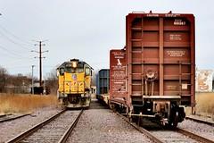 Rockford Interchange (Laurence's Pictures) Tags: union pacific cnw chicago northwestern cgu rockford illinois transportation freight rail emd railway railroad locomotive