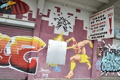 Harbour's graffitiz ! (Eniram Cerf) Tags: superhéros superhero bordeaux tag graffiti couleur art dessin couleurs aquitaine france culture populaire