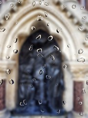 St Lawrence & Mary Magdalene (Мaistora) Tags: fountain shrine tabernacle building street glass drops water rain rainy look view blur defocus focus sharp unsharp dof effect filter app manipulation phone mobile samsung galaxy s7 mirrorlab