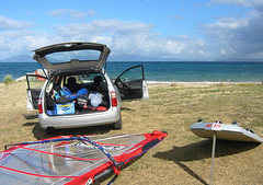 Swansea (AUS477) Tags: windsurfing sailboarding sailboard holden commodore swansea tasmania car transport fw formulawindsurfing gaastra nitroiii 98m2
