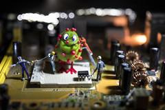 ..squadra antivirus... (Antonio Iacobelli (Jacobson-2012)) Tags: virus informatica antivirus equipe miniatures led tungsten bari nikon d850 nikkor 60mm