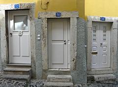 Lisboa, 3 doors (duqueıros) Tags: lissabon lisboa lisbon portugal stadt city türe door duqueiros