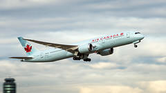 C-FKSV - Air Canada - Boeing 787-9 Dreamliner (bcavpics) Tags: cfksv aircanada ac boeing 787 789 dreamliner aviation aircraft airliner airplane plane cyvr yvr vancouver britishcolumbia canada bcpics