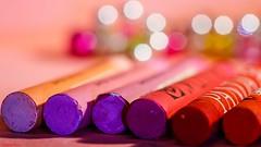 #Stick  #MacroMondays - Pastel sticks (YᗩSᗰIᘉᗴ HᗴᘉS +10 000 000 thx❀) Tags: stick macromondays pastel pastelsticks macro color pink sticks mm hmm hensyasmine yasminehens 7dwf