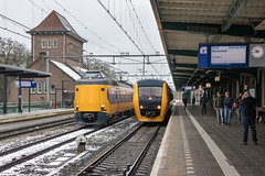 NS 4073 en NSM 3426, Deventer (Dennis te D) Tags: dm90 3426 nsm buffel ns zwolle blerick deventer icmm 4073