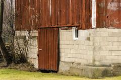 keep the door closed (TAC.Photography) Tags: tomclarkphotographycom tacphotography tomclark d7000 barn farm farming barns red rdbarn redwood slidingdoor door rustic weathered weatheredwood track rail