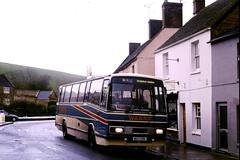 SouthWestCs-001-A109EPA-CastleCary-2002KNa (Michael Wadman) Tags: a109epa leylandtiger lcbs londoncountry londoncountrybusservices tp9 castlecary southwestcoaches