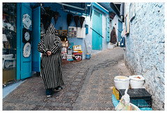 Moroccan Robe, Chefchaouen, Morocco (Bigmob Dontwannastop) Tags: morocco moroccan africa tradition costume coat robe town chefchaouen market blue street