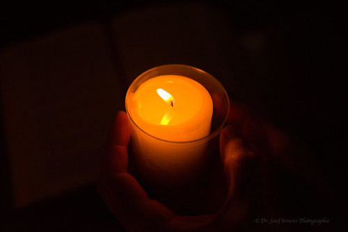 Kerzenschein im Advent
