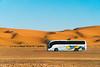 Vaquez on the sand (Leo Hidalgo (@yompyz)) Tags: sahara merzouga marruecos morocco desert desierto dunas dunes landscape