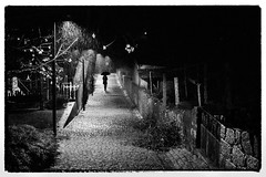 It's Raining Again (josebrito21) Tags: josébrito josebrito2 josébritophotography josébritofotografia josébritofotos pretoebranco blackwhite black white streetphotography fotografiaderua rain chuva